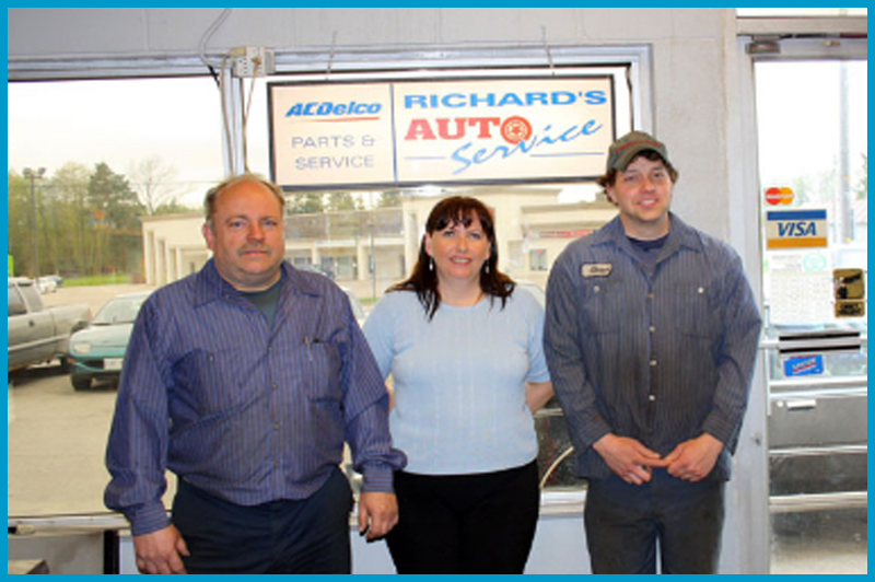 Richard's Auto Service Shop and Employees